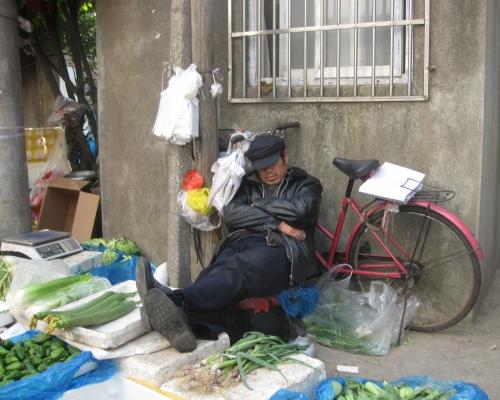10 2011.04.05. Gemüseverkauf IMG_4145